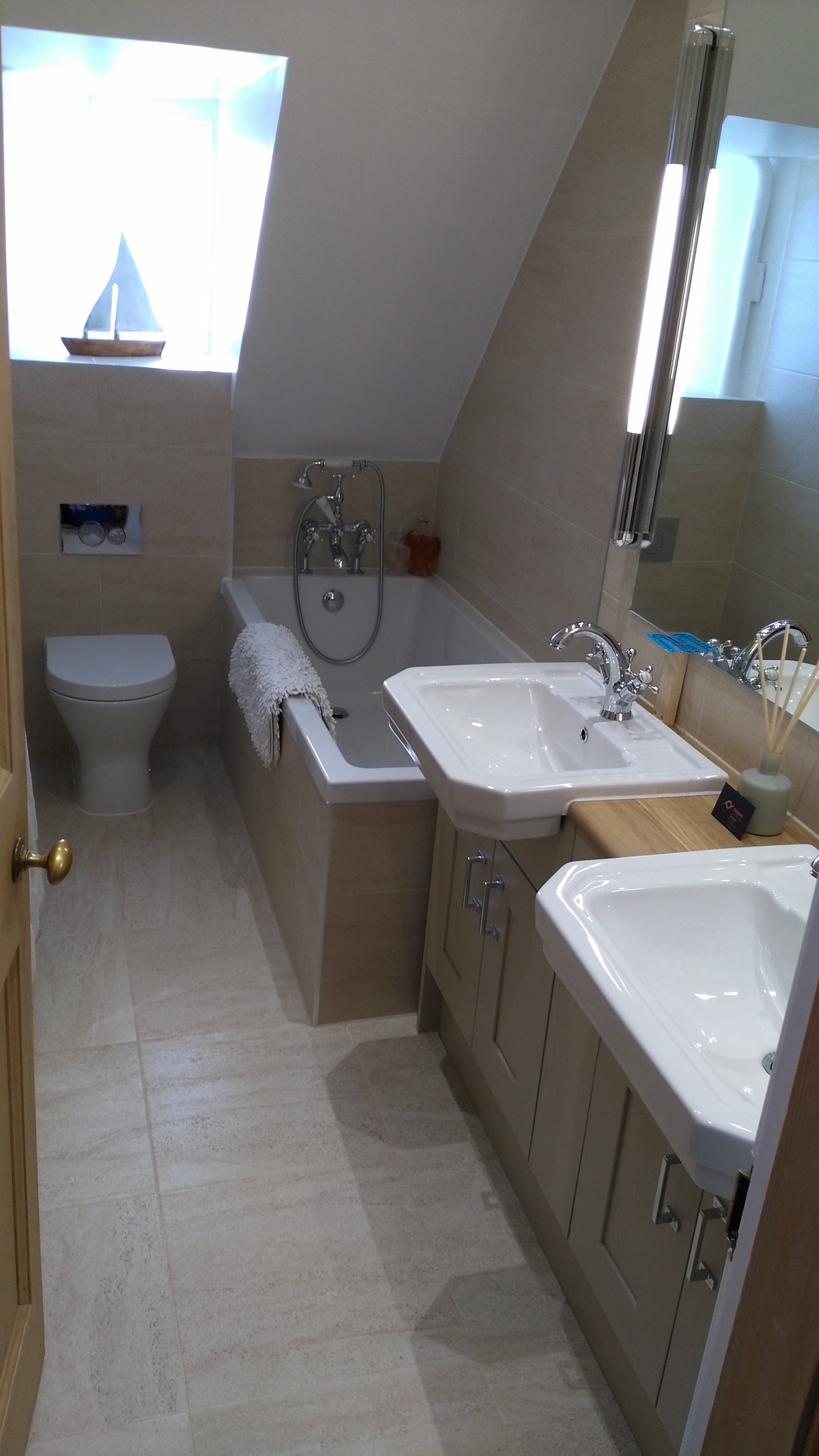 Twin sinks with